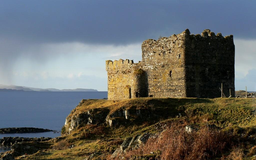 Mingary Castle under heavy skies