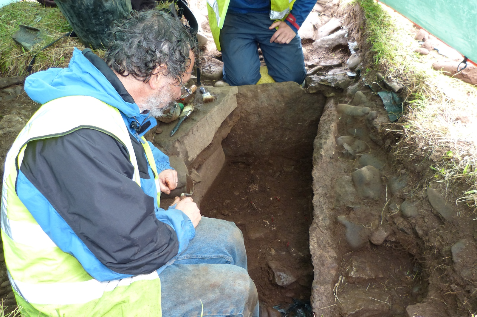 Bronze age cist burial